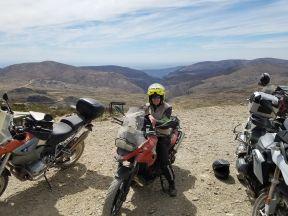 PH Paula at stop top of Swartberg Pass small
